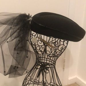 Gorgeous vintage hat with tulleand chin strap New